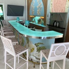 Private-Residence-Loggia-Bar