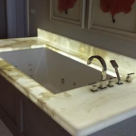 Onyx Tub Deck